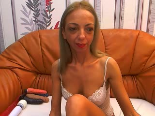 BlondeHotMILF - Vídeos VIP - 4720544